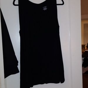 Lane Bryant sleeveless v neck swingy tunic